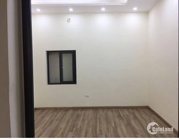 Nhà mới xây Minh Khai 45m, 4 tầng, mt2,5 chỉ việc sách vali đến ở.