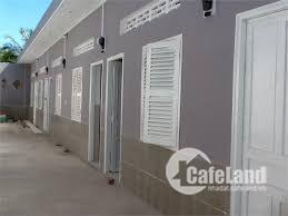 Cần tiền cho con du học, bán gấp dãy nhà trọ 17 phòng. Lê văn Lương, 2,3 tỷ.