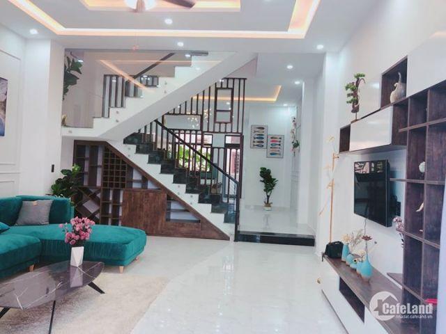 Bán nhà cấp 4 MT đường Châu Thị Vĩnh Tế,  giá bán: 115 triệu/m2