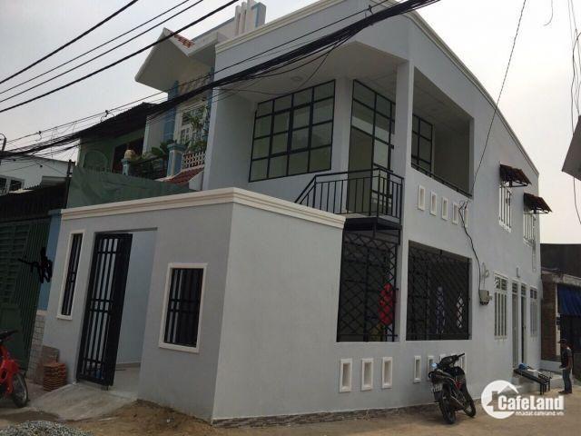 Cần bán nhà đường 182, La Xuan Oai, P. Tang Nhon Phu A,Q9, DT 62,2m2, giá 4 tỷ, TL, LH 0933334829