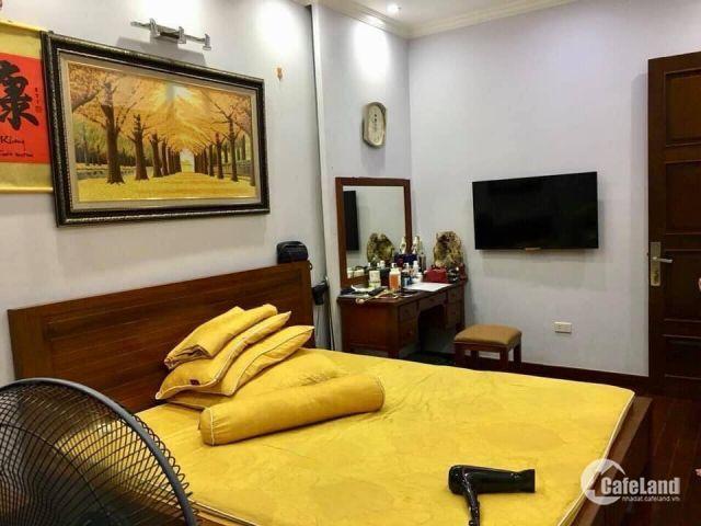 Bán nhà mặt phố Nguyễn Trãi, Thanh Xuân, ô tô đỗ cửa, kinh doanh tốt, giá chỉ 10 tỷ