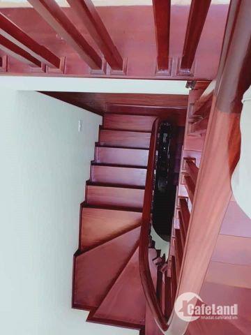 Bán nhà Hoàng Văn Thái, ô tô tránh, KD, 40m2, MT 4m, 5.6 tỷ.