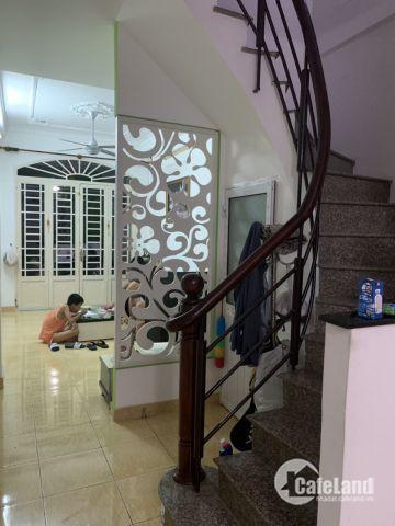 Nhà cho thuê nguyên căn Nguyễn khuyến p12, quận bình thạnh