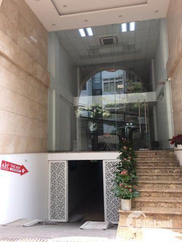 Cho thuê tòa nhà văn phòng mặt đường Hồng Hà, Hoàn Kiếm thích hợp làm khách sạn, văn phòng, spa....