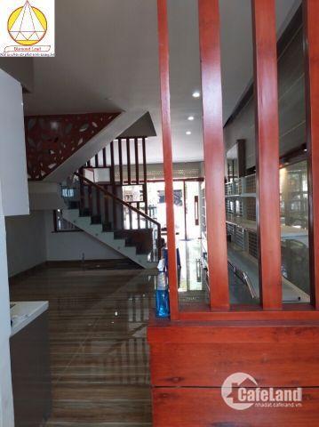 Chính chủ cho thuê nhà đẹp 91 Kinh Dương Vương gần cầu Phú Lộc,Đà Nẵng giá rẻ.0905.606.910