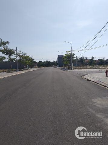 Cho thuê nhà 1 lầu mới 100% hẻm 1027 Huỳnh Tấn Phát quận 7.