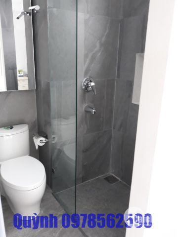 Cho thuê Scenic Valley 1- groundhouse (căn hộ tầng trệt), block D, DT 94m2+sân 27m2 giá 1050 USD