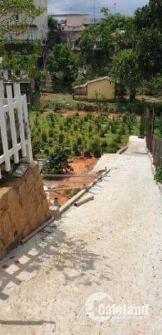 Cần tiền kinh doanh bán gấp lô đất 270m2 trong hẻm đường Trần Phú giá 5,4 tỉ