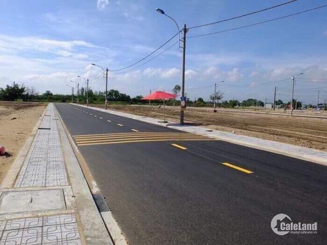 Đất nền mặt tiền đường quốc lộ 14, trung tp Đồng Xoài, sổ riêng từng nền gia chỉ 500tr/nền 200m2