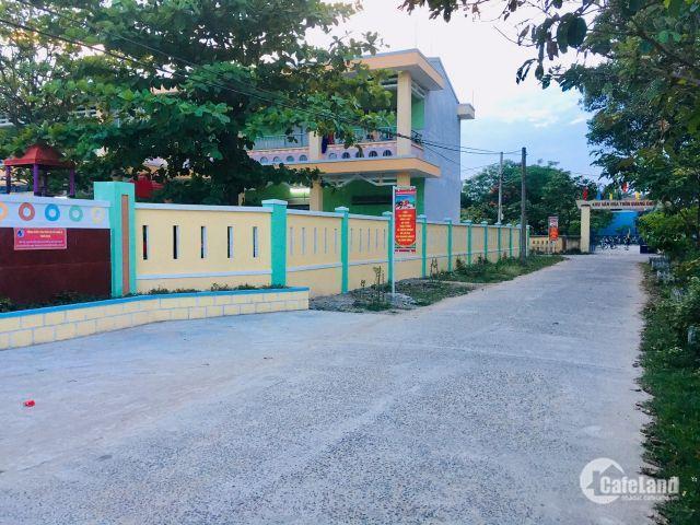 Bán đất thôn Quang Châu diện tích lên đến 140m2 mà giá chỉ 10,4tr/m2, đường bê tông 5m gần chợ
