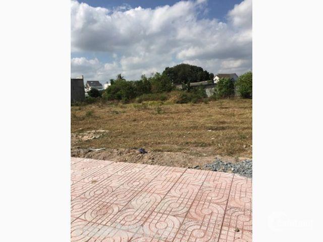 Bán đất nền MT TL8, ngay phim trường HTV, SHR, gần KCN Đông Nam.