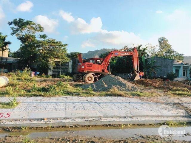 Cần tiền bán gấp lô đất đường Hoàng Văn Thái, cạnh ĐH Duy Tân. Giá chỉ 2,08 tỷ. LH 0934 924442