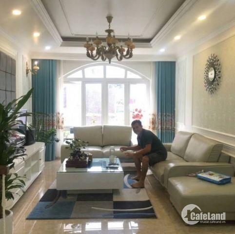 Bán nhà Phan Kế Bính, KD, ô tô tránh - vỉa hè, nhà đẹp, 54m2, 7.8 tỷ.