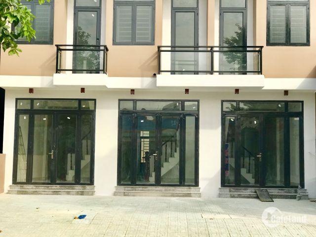 Nhà mặt tiền đường 16m, mới xây, vào là ở ngay, rổ riêng