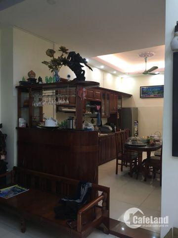 Bán căn 2 ngủ 90m2 nội thất siêu đẹp gần đường Trần Đăng Ninh