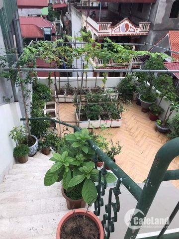 Bán nhà Hào Nam ô tô đỗ cửa, nội thất siêu đẹp, DT 72m2 x 7 tầng x mặt tiền 5m, Giá 14 tỷ