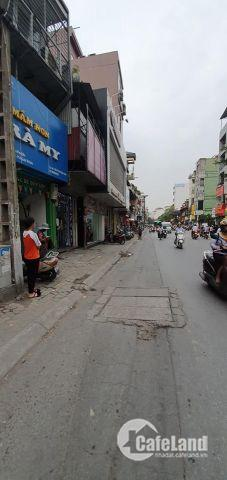 Bán nhà mặt phố Khâm Thiên kinh doanh đỉnh 72,3 m2.