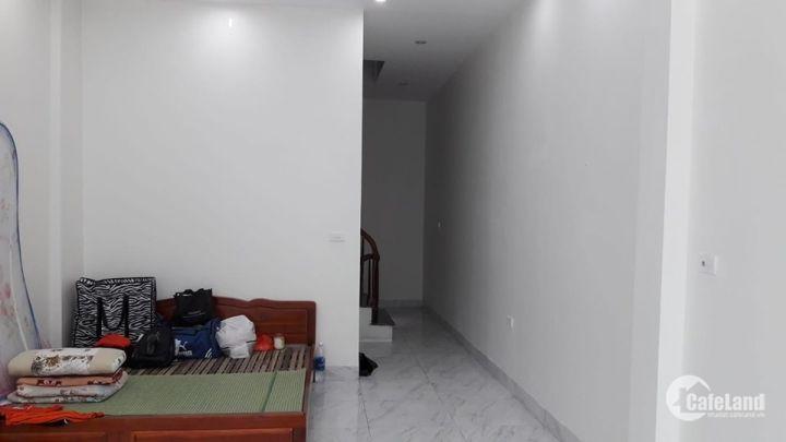 Mặt phố Lý Thường kiệt Hà Đông 41m2, 5 tầng rất đẹp chỉ 3,95 tỷ