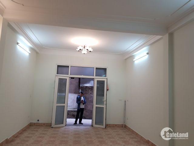 Bán nhà Trương Định, Hoàng Mai 55m, 4 tầng, giá 3.3 tỷ