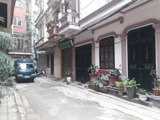 Bán nhà phố Kim Đồng, ngõ ô tô, 70m2, 5 tầng, MT 9m LH 0913459393.
