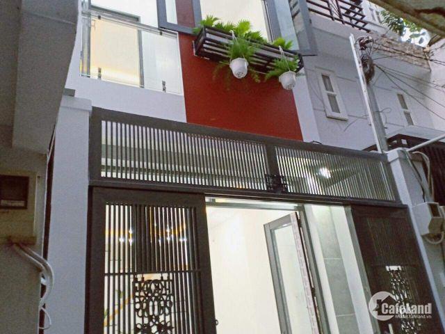 Gia đình cần tiền bán nhà 1 trệt 2 lầu Phan Văn Hớn 60m2 giá 1tỷ SHR LH: 0906.320.294
