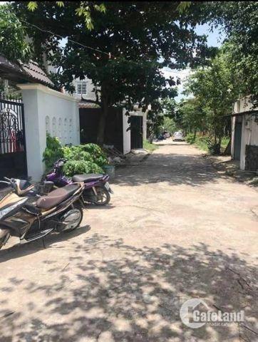 Cần bán nhà nát hẻm 5m đường Lê Văn Lương