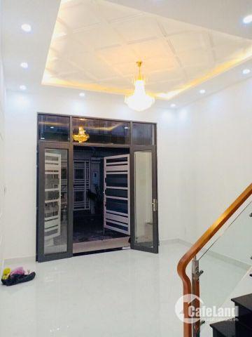 Nhà đẹp 2 lầu tại đường Nguyễn Bình giá rẻ