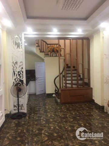 Nhà đẹp Bát Khối Ngõ Trạm Long Biên đẹp lung linh 30m 4 tầng giá chỉ 2.55 tỷ