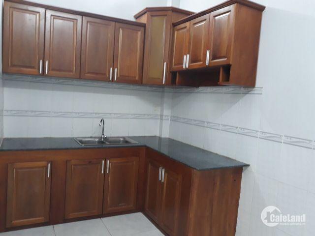 Chính chủ cần cho thuê hoặc bán nhà tại TP Cần Thơ, giá tốt.
