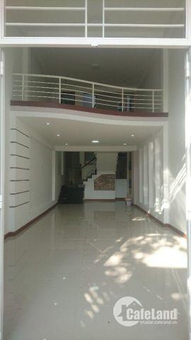 Mặt tiền đường Huỳnh Cương, phường An Cư, Ninh Kiều, TPCT. 1 trệt 2 lầu. DTSD 200m2