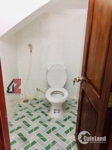Nhà mới 100% siêu đẹp.chung cư Thạnh Lộc vô 100m