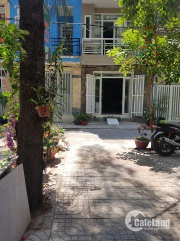 Bán nhà mới xây KDC Tân Phong Quận 7 view trực tiếp sông và công viên