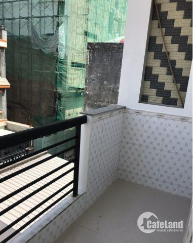 Nhà phố mới đẹp, lô nhì hẻm 344 Huỳnh Tấn Phát, P. Bình Thuận, Q7.