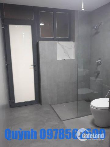 Cho thuê Scenic Valley 1- groundhouse (căn hộ tầng trệt), block D, DT 94m2+sân 27m2 giá 1000 USD
