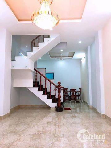 Nhà mới 2 lầu bình thành, DT: 3x11m, hẻm 6m,SHCC