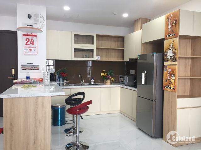 Bán gấp căn hộ Orchard Parkview, 2pn, 69m2, nội thất hoàn thiện cơ bản, giá 3 tỷ 3 bao phí