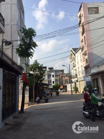 Bán nhà nát 73/7/4 Đô Đốc Long, Quận Tân Phú, dt 4x16m, giá 5.2 tỷ TL