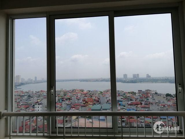 Căn góc 3PN 115m2 tất cả các phòng view Hồ Tây trực diện, mặt đường Lạc Long Quân, 4.8 tỷ, vao ở ngay