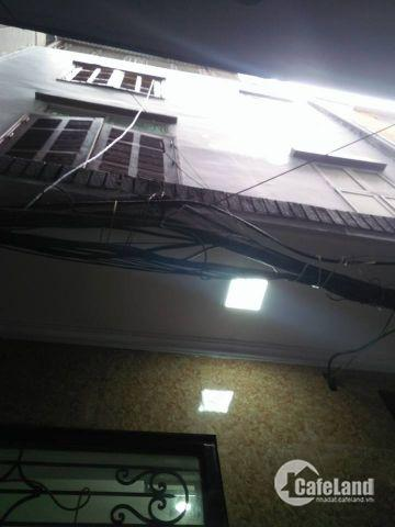 Bán nhà phố Cự Lộc, 20m ô tô, Gần Phố, 4 Tầng, 3.45 tỷ