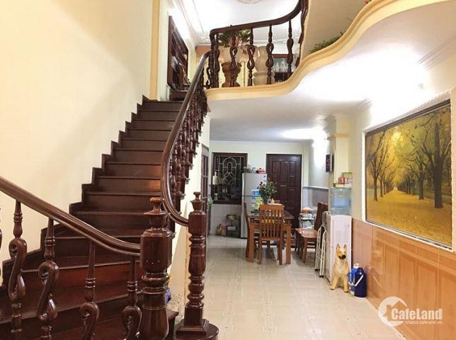 Chính chủ bán nhà Khương Đình 5 tầng, ngõ nông, DT 47m2, giá 3,7 tỷ.