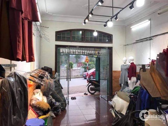 Nhà mặt phố Trịnh Đình Cửu- phân lô quân đội, 80m2, kinh doanh đa dạng.