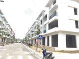 Bán nhà liền kề 122m2 chợ Việt Trì nhận nhà kinh doanh ngay,cạnh Vincom vị trí đắc địa
