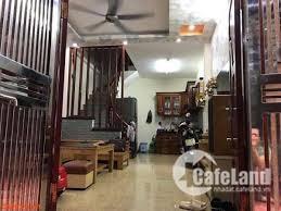 Nhỉnh 3 tỷ sở hữu ngay ngôi nhà trên phố Tôn Thất Tùng: DT.32m 4 Tầng.