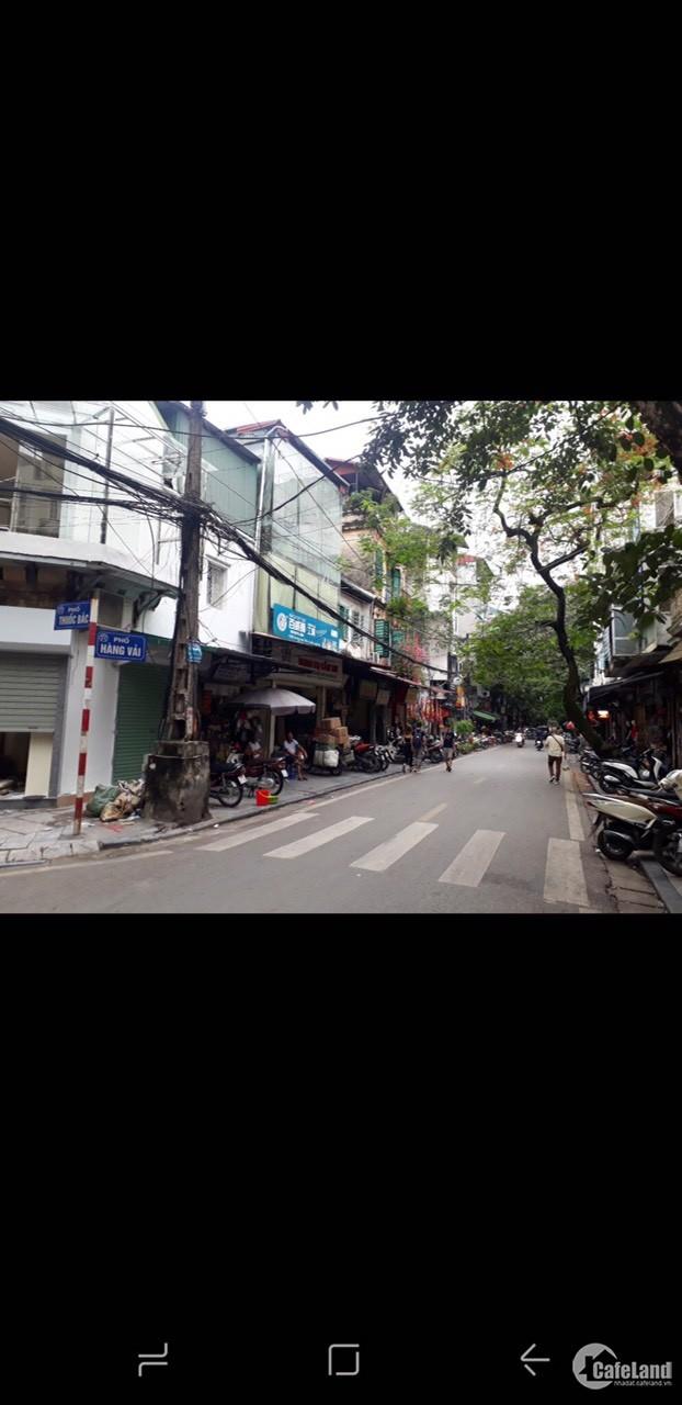 Bán nhà 3 tầng phố Hàng Vải, quận Hoàn Kiếm, tiện kinh doanh