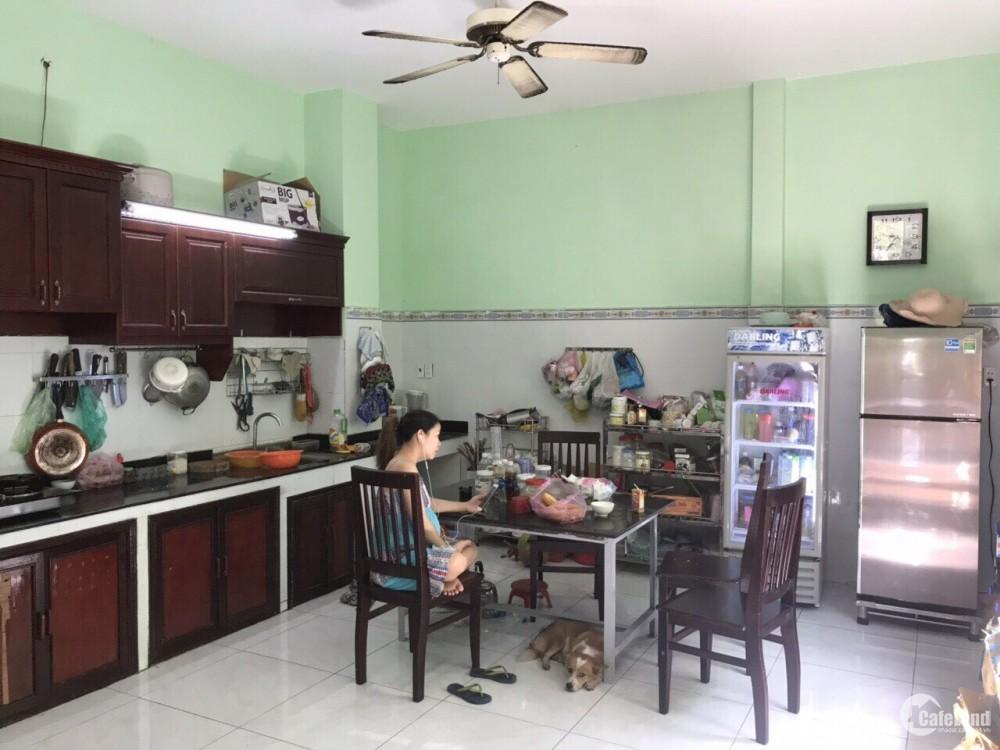 Bán nhà đẹp mặt tiền Quốc Lộ 22, Hóc Môn