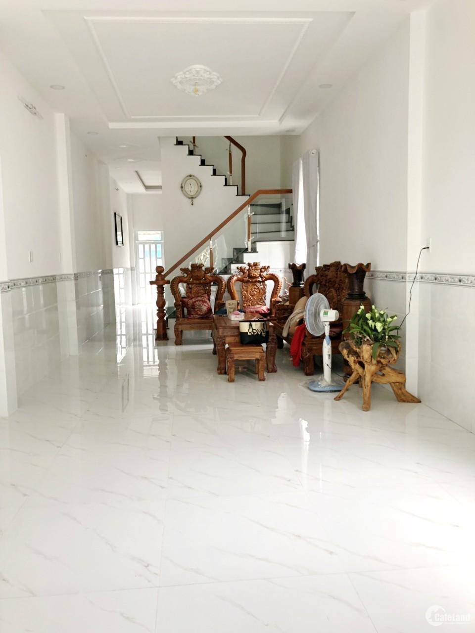 Bán nhà mặt tiền đường 14m (đối diện khu CXNH) P. Tân Kiểng Quận 7