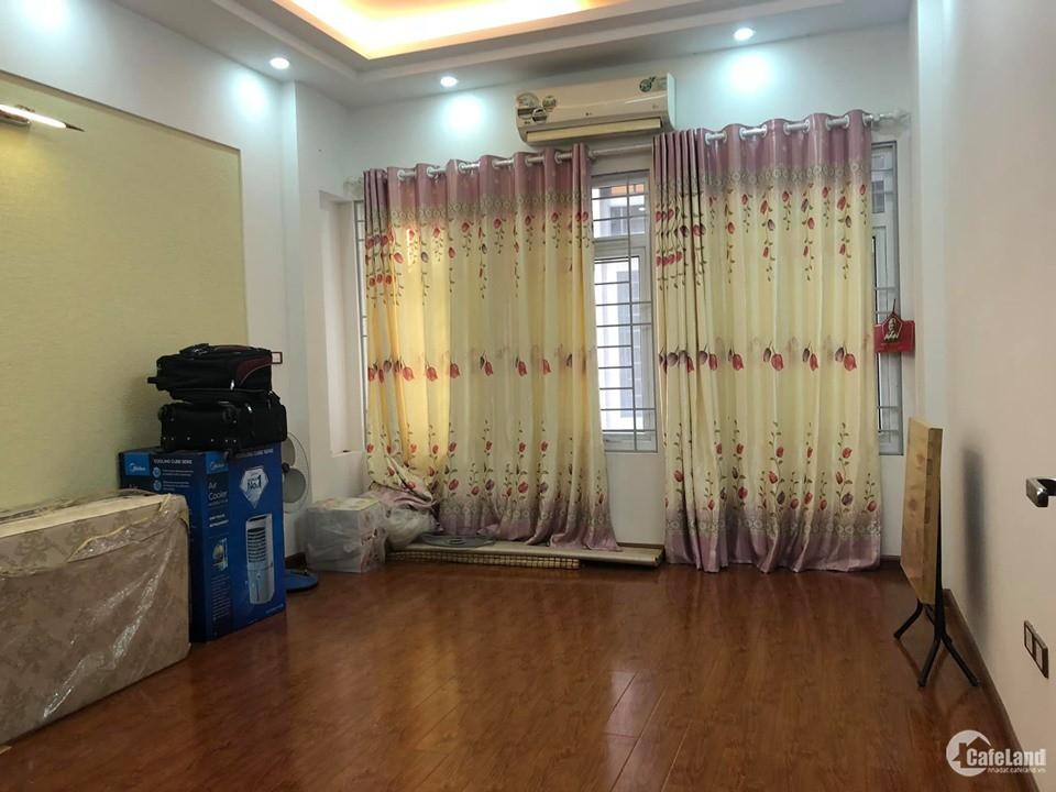 Không Còn Căn Thứ 2. Bán Nhà Trần Cung, Ngõ Rộng, Gần Phố, 40m2 x 4T, Chỉ 2.5 Tỷ.
