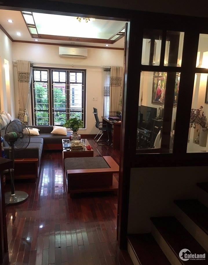 Bán nhà PHÂN LÔ,OTO ĐỖ Dương Quảng Hàm-Cầu Giấy 63m2 5.4tỷ