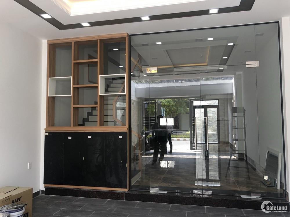 Cần bán gấp căn nhà phố mt đường 40m vào khu đô thị Mizuki park