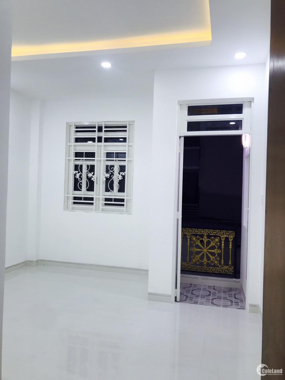 Bán nhà mới 2 lầu (nở hậu) hẻm 861 Trần Xuân Soạn phường Tân Hưng Quận 7